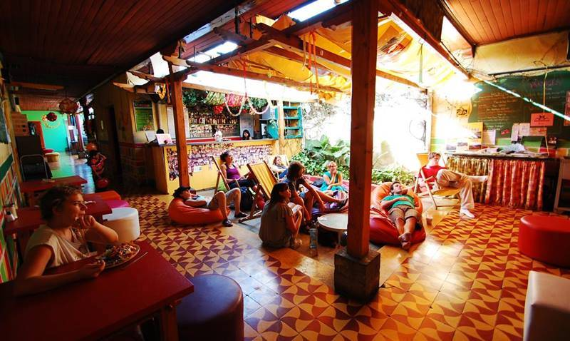 Hostel Konaklama