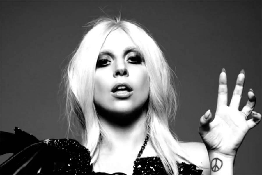 Facebook' un Kraliçesi Lady Gaga