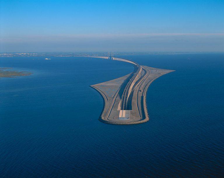 Danimarka ve İsveç'i Bağlayan ve Köprü ve Su Altı Tüneli: The Øresund